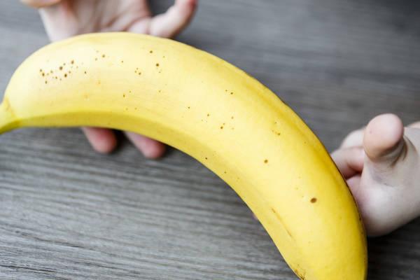 Бананы для детей: плюсы и минусы этих фруктов, как выбирать, есть и хранить