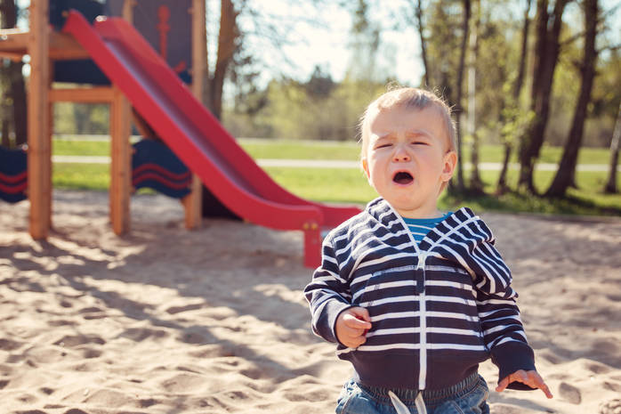 Как увести ребёнка с детской площадки без слез и истерик