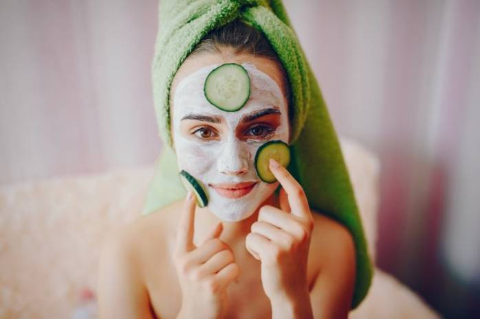 Избавляемся от морщин: 3 эффективные маски