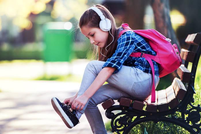 Как быстро и легко научить ребенка завязываать шнурки