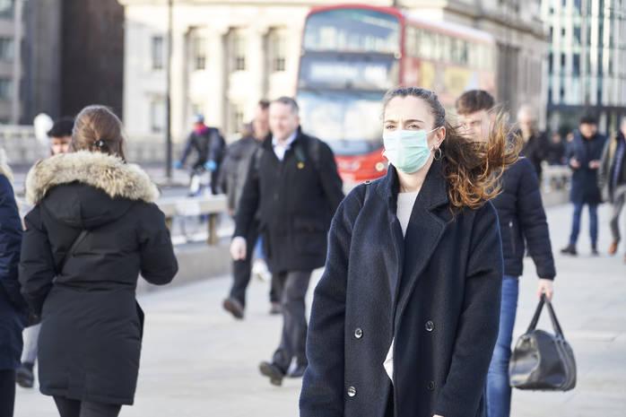 Не кашель: в ВОЗ назвали симптом коронавируса, который проявляется у 90% инфицированных