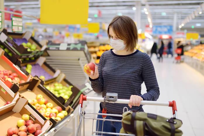 Где скрывается коронавирус: 4 самых грязных предмета в супермаркете