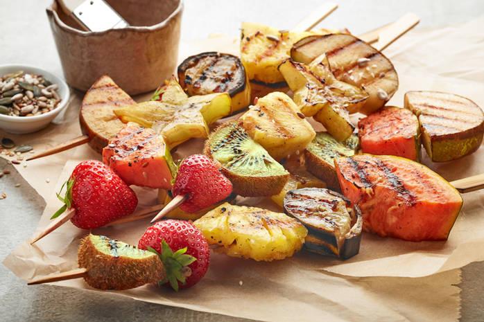 Как правильно готовить фрукты на гриле