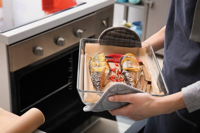 Как вкусно приготовить скумбрию в духовке