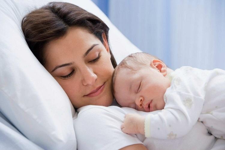 surrogatnoe-materinstvo-za-i-protiv2