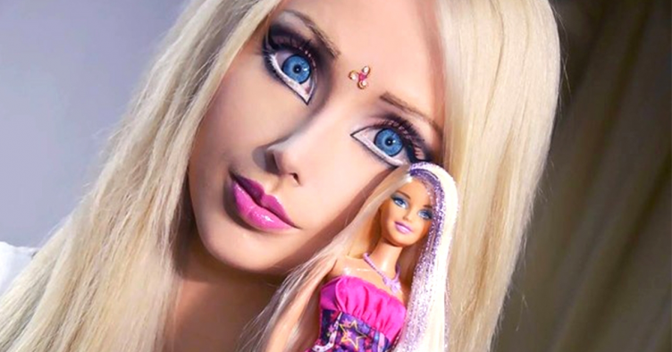 real-people-who-look-like-dolls_752x394
