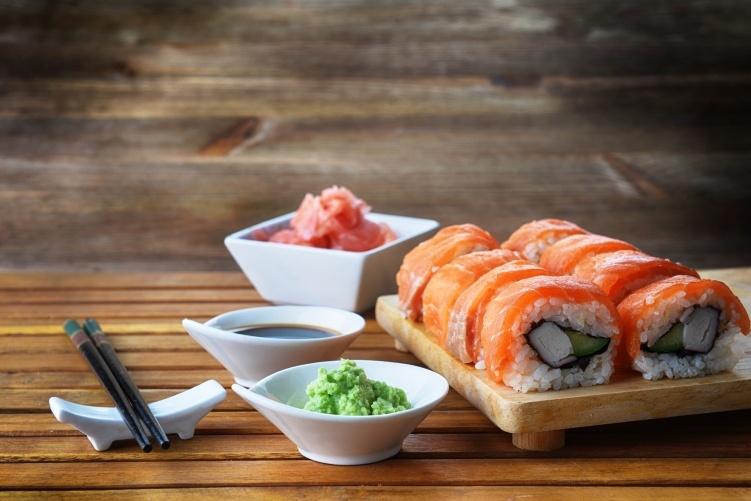 sushi_751x501