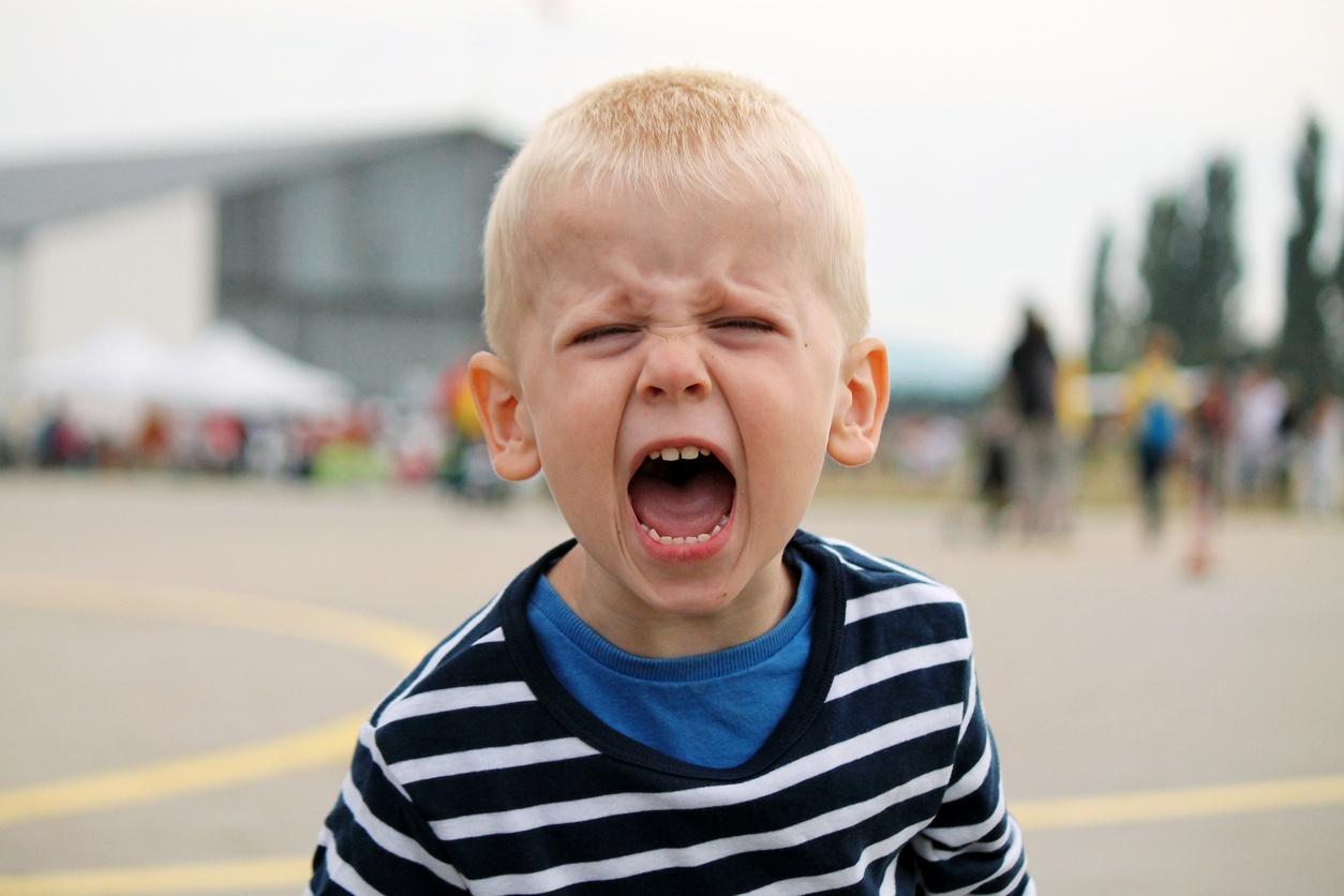 Картинки ребенок злиться