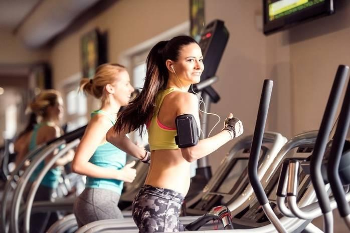 Как правильно заниматься на беговой дорожке: похудеть и укрепить здоровье