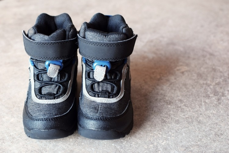 pair-of-grey-waterproof-baby-boots-picture-id1029865598