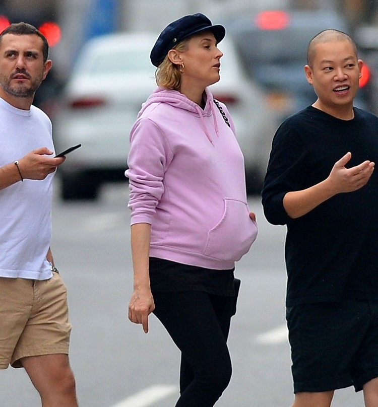 pregnant-diane-kruger-out-in-new-york-08-19-2018-9