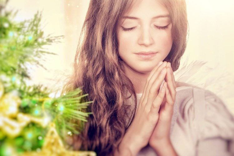 beautiful-angel-praying-picture-id629623780