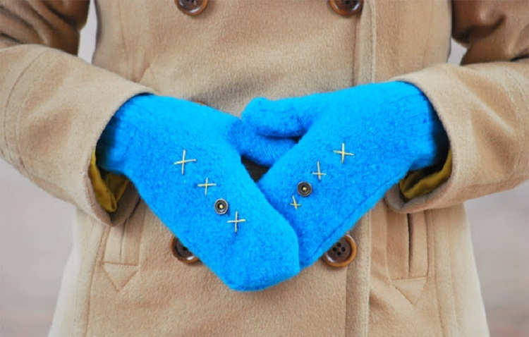 diy-mittens-wool-sweaters-winter-craft-projects-fashion_01