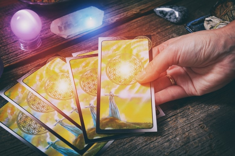 tarot-cards-on-a-board-picture-id914022914_01
