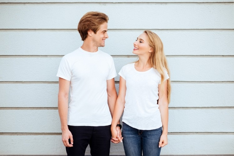 young-fashion-stylish-couple-stand-on-streets-of-the-city-in-picture-id1017790418
