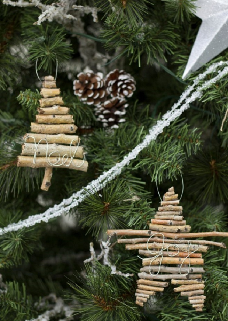 diy-twig-and-wire-christmas-ornaments-682x1024