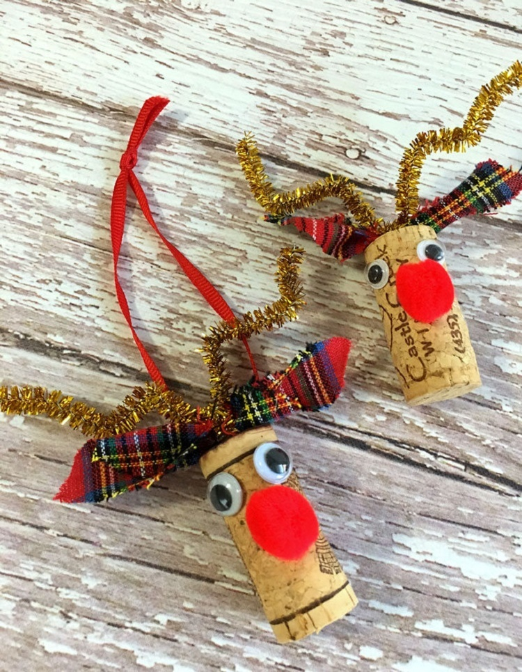 rudolf-wine-cork-reindeer-ornament