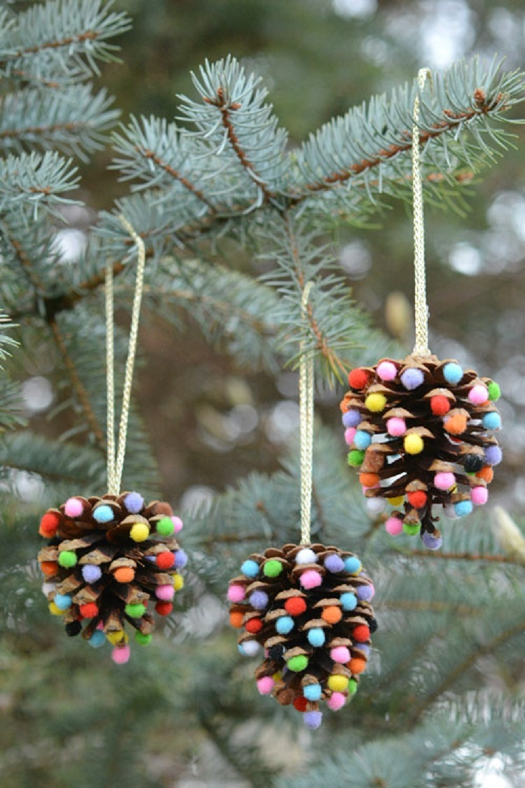 pom-poms-and-pinecones-christmas-ornaments