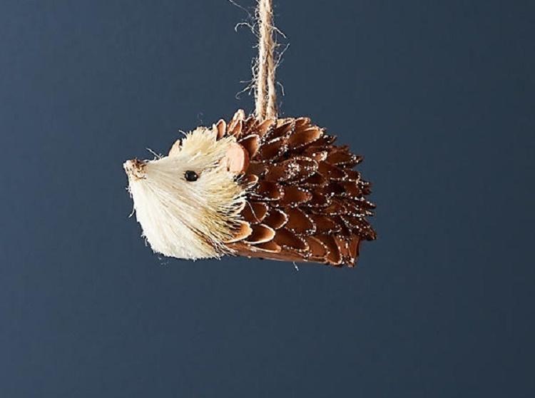 pinecone-hedgehog-ornament