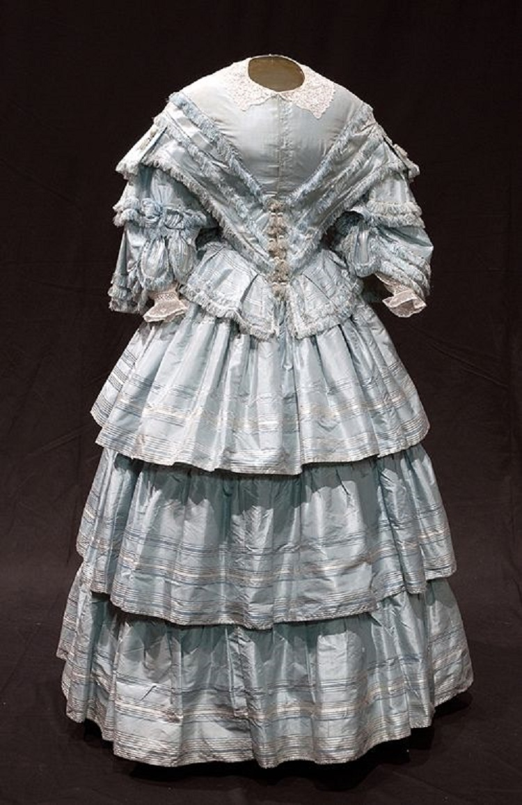 wedding-dress-1857-bowes-museum