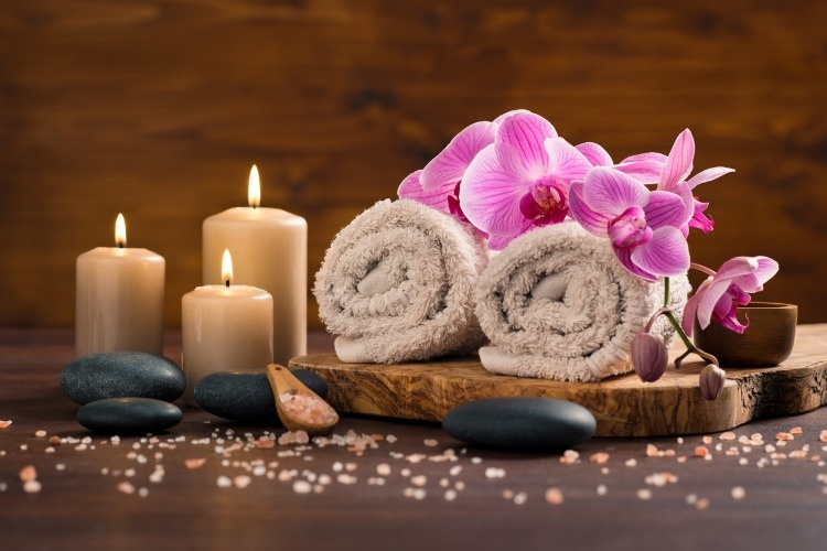 spa-and-wellness-setting-picture-id856952970_01