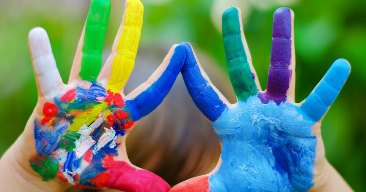 Разноцветные ладони картинки