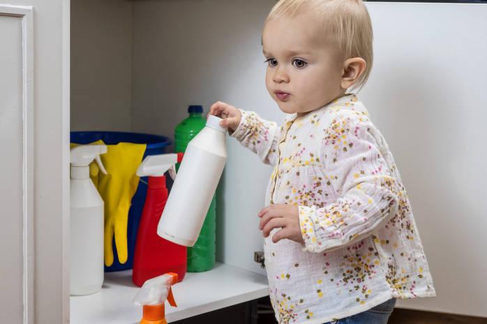 Отравление ребенка бытовой химией: что важно знать взрослым - kolobok.ua